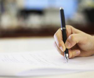 脱毛サロンで契約書を書くときの注意点は?